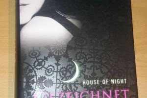 House of Night, Band 1: Gezeichnet