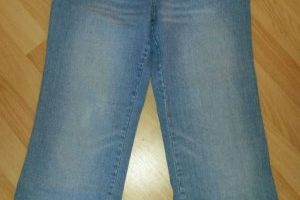 WOB * Jeans * Stiefelhose * bleached * mit Strass * Gr. 36