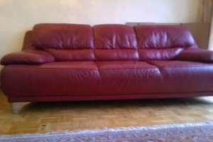 moderne rote LEDERCOUCH